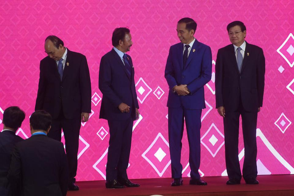 jokowi, asean plus three, asean+3, resesi