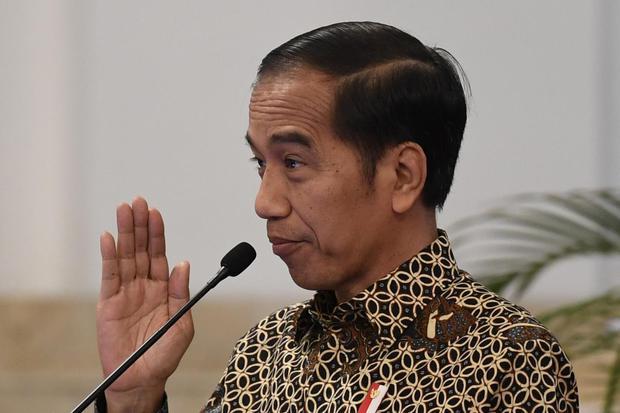Presiden Jokowi meminta para kepala daerah mewaspadai cuaca hujan ekstrem dan berkoordinasi dengan Mendagri untuk mencegah banjir