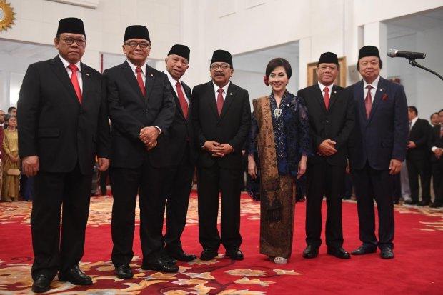 Wantimpres, Jokowi, Wiranto, Agung Laksono, Dato Sri Tahir, Arifin Panigoro, Soekarwo, Putri Kuswisnuwardhani, Habib Luthfi