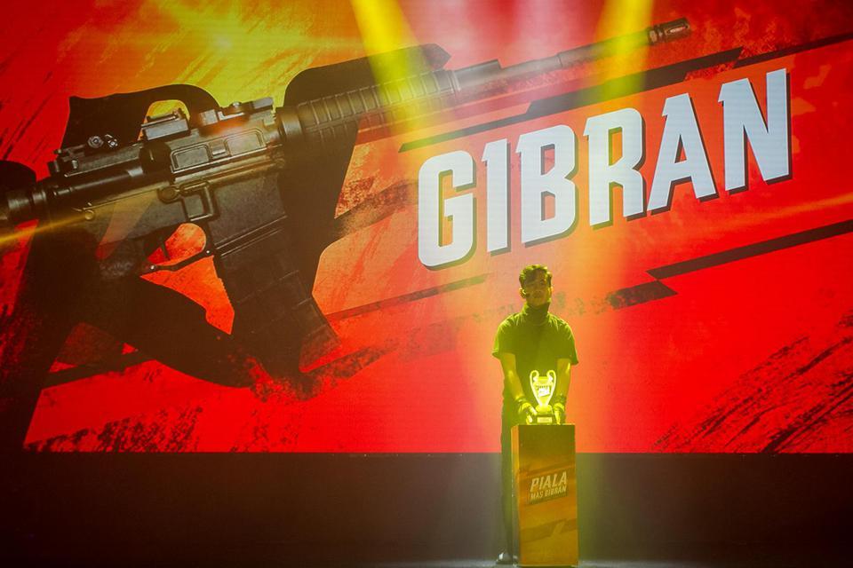 Putra Presiden Joko Widodo, Gibran Rakabuming Raka meresmikan pembukaan Turnamen E-Sport Free Fire