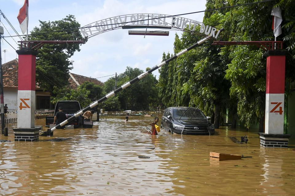 banjir jakarta 2020, banjir 1 januari 2020, dampak banjir, anies baswedan, basuki hadimuljono