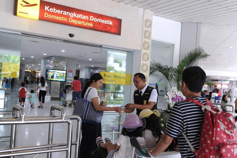 tiket pesawat, pariwisata, dampak virus corona