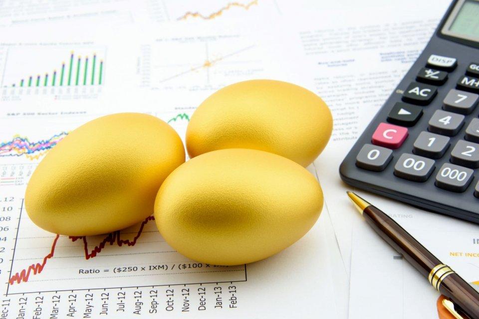investasi saham, prospek bursa saham 2020, outlook pasar modal 2020, sektor saham pilihan tahun depan, BEI, Jokowi, Bloomberg, Sinarmas Sekuritas, Mirae Asset Sekuritas, target IHSG 2020