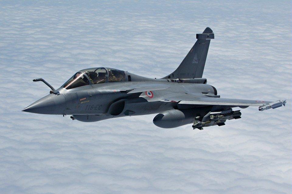 alutsista, pesawat jet tempur Rafale, pesawat tempur produksi Prancis, spesifikasi pesawat jet Rafale, Indonesia beli pesawat tempur Prancis, Prabowo,