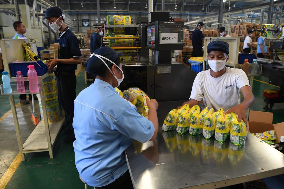 Khawatir Terinfeksi Corona, Buruh Desak Pengusaha Liburkan Pabrik