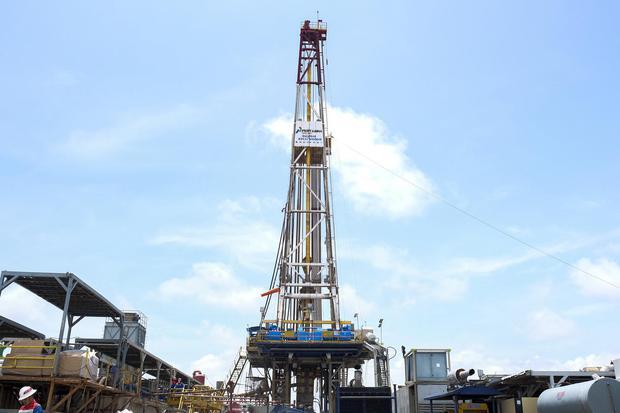 Ilustrasi. Harga minyak berjangka anjlok pada penutupan perdagangan Jumat (21/8) atau Sabtu (22/8) pagi waktu Indonesia. Penyebab utamanya adalah kekhawatiran peningkatan pasokan minyak.