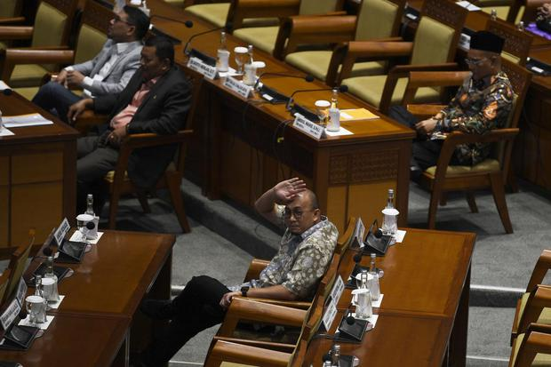 andre rosiade, PSK sumbar, ombudsman