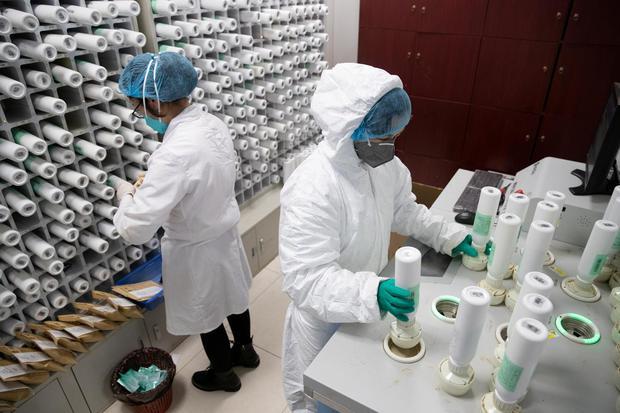 Ilustrasi obat corona. Rusia mulai mengedarkan obat bernama Avifavir, Kemarin (11/6) di 7 wilayahnya. Apa itu?