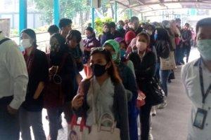 Penumpukan Penumpang Transjakarta