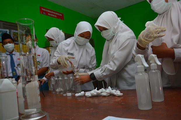 Mengenal Kesetimbangan Kimia, Materi Pembelajaran Kimia Kelas XI SMA