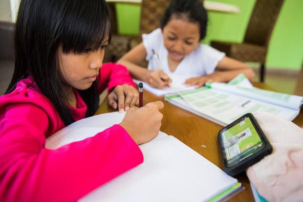 Belajar Online, Belajar nline Gratis, Aplikasi Belajar Online Gratis, Corona, Virus Corona, Sekolah Tutup, Ruangguru, Zenius, Google, Microsoft