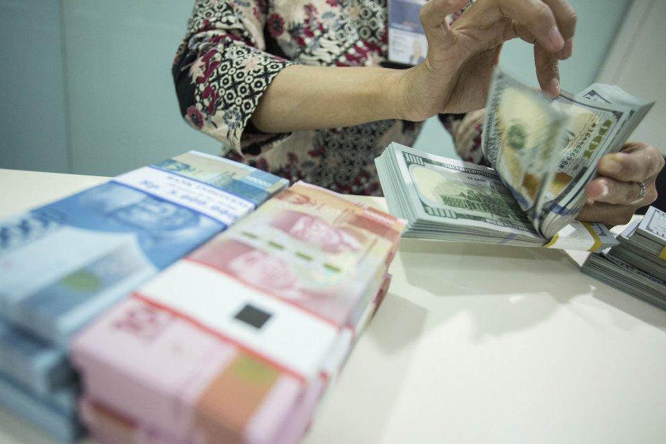 rupiah, bank indonesia, nilai tukar, keputusan BI, bunga acuan