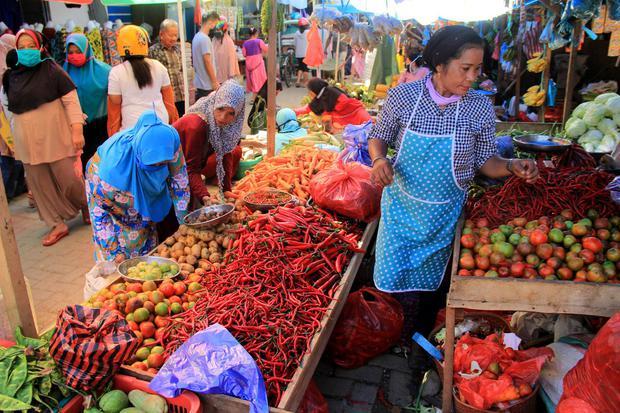 Gojek dan Grab Layani Belanja Online di 88 Pasar Saat Pandemi Corona