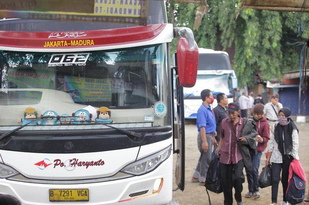 Bus AKAP yang Beroperasi saat PSBB Akan Ditempeli Stiker Khusus.