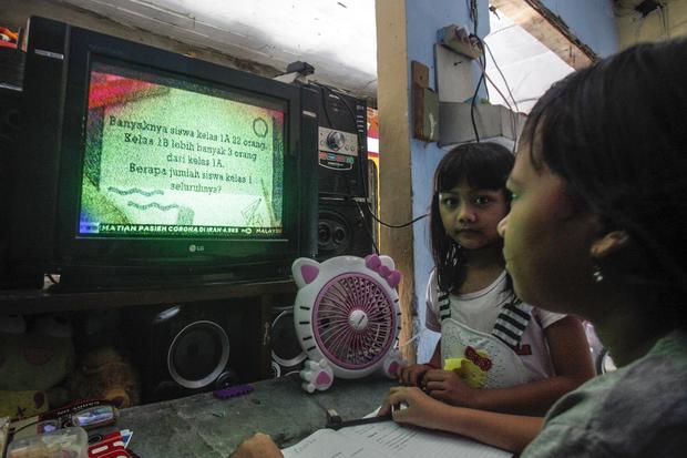tv digital, tv analog, set top box gratis, kominfo