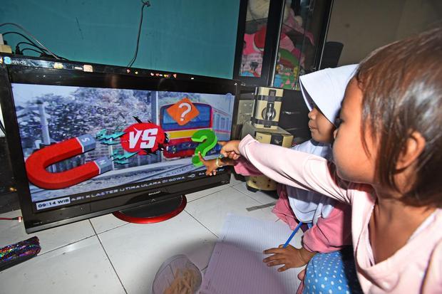 Kominfo Butuh Dua Hal agar Migrasi ke TV Digital Rampung pada 2022