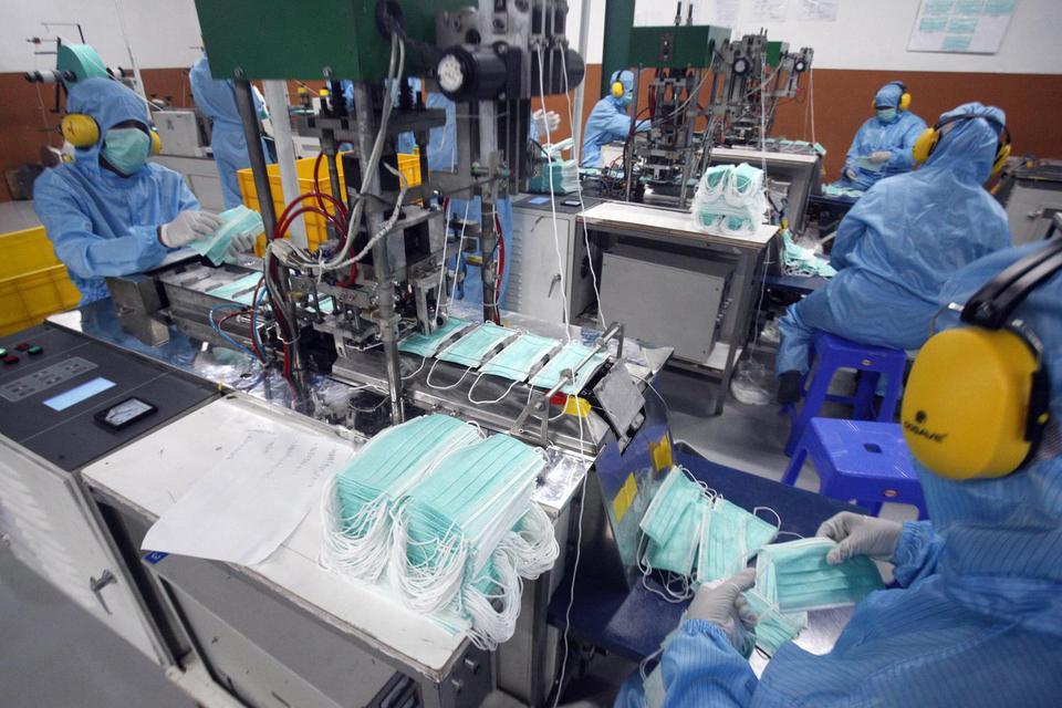 Kemenperin Terbitkan 17 Ribu izin Operasi Industri Selama Pandemi.
