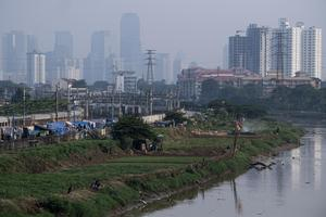 DAMPAK PANDEMI COVID-19 KE PERTUMBUHAN EKONOMI INDONESIA