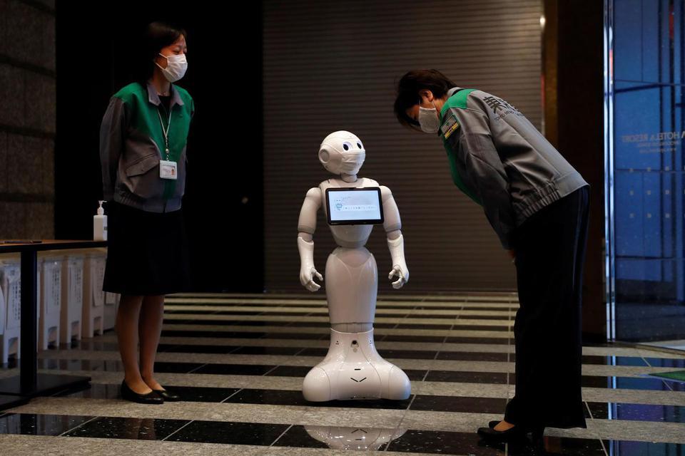 robot kafe, pandemi corona, normal baru, new normal, kafe di korea selatan, korea selatan