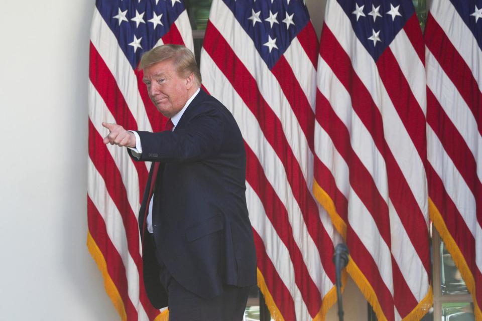 Trump Sebut 1,57 Juta Warga AS Positif Corona Merupakan 'Kehormatan'