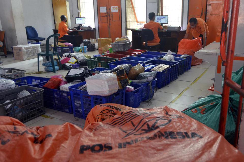 pengiriman logistik, e commerce, lebaran