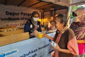 Kolaborasi #BagiAsa telah berhasil mengumpulkan donasi Rp 1,1 miliar dalam sebulan. Gerakan ini bertujuan menyediakan pangan bagi masyarakat terdampak