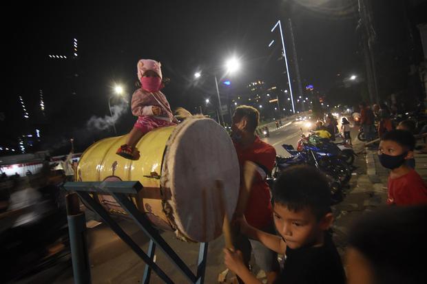 SUASANA MALAM TAKBIRAN DI JAKARTA