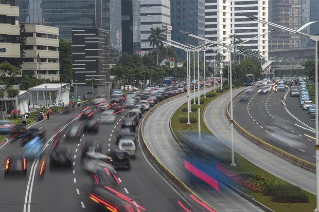 Ilustrasi. Ekonom CORE Indonesia, Muhammad Faisal menyatakan program penjaminan kredit modal kerja korporasi padat karya harus mulai terserap bulan depan.
