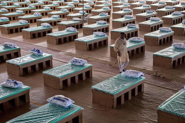Ilustrasi tempat tidur pasien virus corona. Jumlah kasus virus corona secara global telah lebih dari 10 juta orang per Minggu (28/6) menurut perhitungan Reuters. Hampir setengah juta orang meninggal.