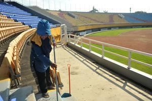 PERAWATAN STADION GELORA SRWIJAYA JAKABARING JELANG PIALA DUNIA U20