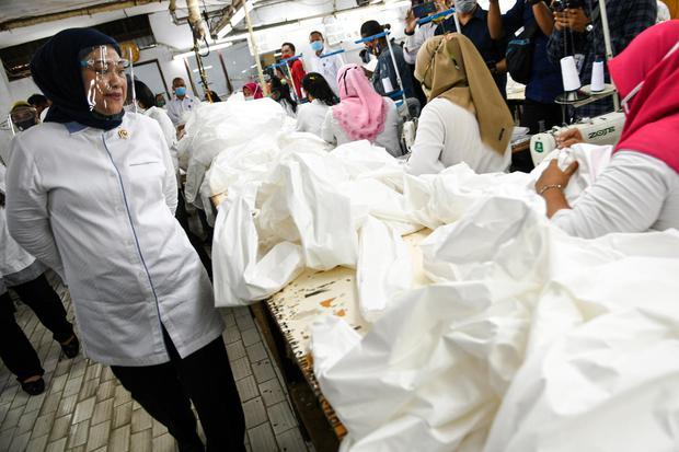Ilustrasi. Pemerintah menunda penyaluran BLT Pekerja bergaji di bawah Rp 5 juta untuk memastikan kembali pendataan. Rencananya akan disalurkan pada akhir Agustus 2020.
