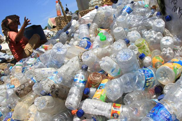 sampah plastik, lingkungan, pasuruan, luhut binsar pandjaitan