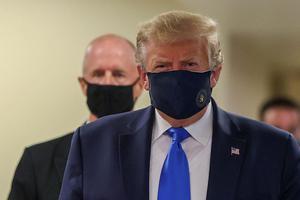 HEALTH-CORONAVIRUS/USA-MASK