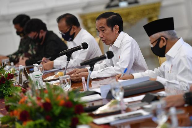 Jokowi Resmi Bubarkan 18 Lembaga Negara Lewat Perpres