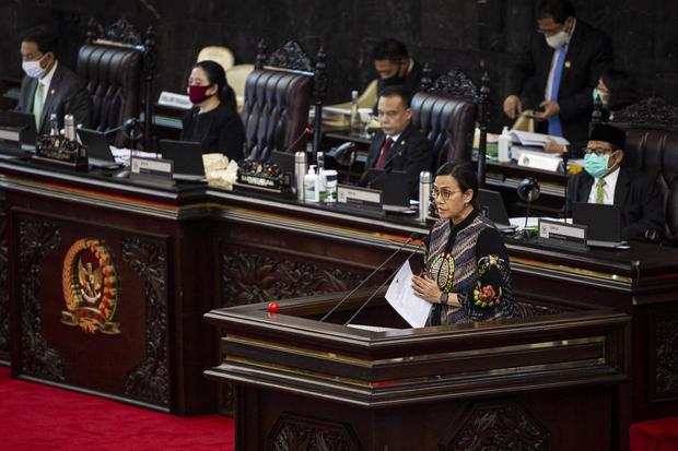 Ilustrasi, Menteri Keuangan Sri Mulyani Indrawati. Sri Mulyani mengatakan target pertumbuhan ekonomi Indonesia tahun depan akan bergantung pada seberapa efektif vaksin Covid-19 dan kemampuan fiskal dalam mendukung pemulihan ekonomi nasional.