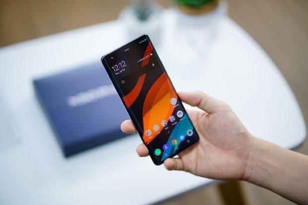 Saingi Xiaomi – Samsung, Vivo Rilis Ponsel 5G di Indonesia