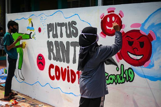 covid-19, virus corona, pandemi corona, pandemi, jakarta, gerakan 3M, psbb