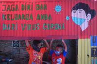KASUS COVID-19 DI INDONESIA TEMBUS 100 RIBU