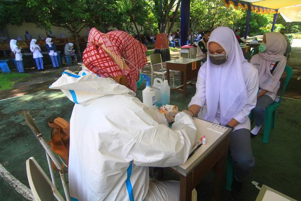 Kasus Corona Bertambah 2.277, Tertinggi di DKI Jakarta