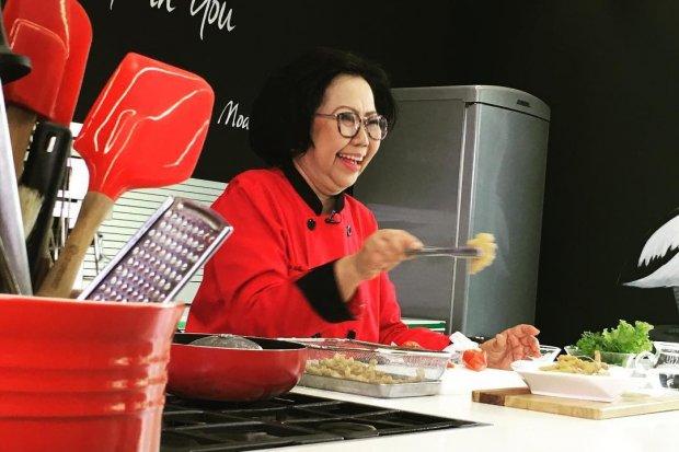 Gojek jadi Alasan Pakar Kuliner Sisca Soewitomo 'Gantung Panci'