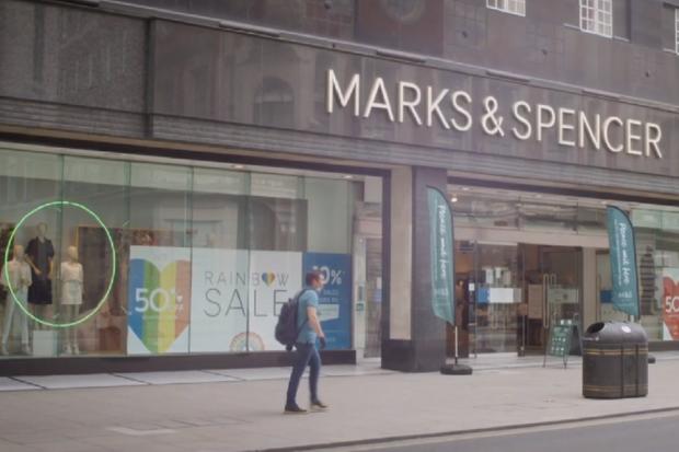 Corona Kembali Pukul Retail Global, Marks & Spencer PHK 7.000 Karyawan.