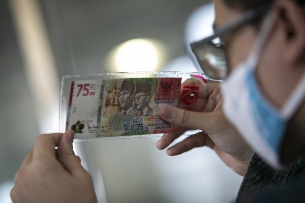 Penukaran Uang 75.000 Dalam Rangka Kemerdekaan