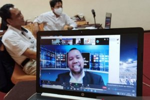Ketua AMSI Wens Manggut dalam Webinar deklarasi AMSI Kalimantan Timur (foto: Antara).