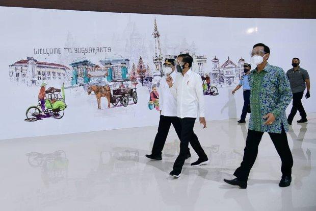 Presiden Joko Widodo meresmikan Bandara Internasional Yogyakarta pada hari ini (28/8).