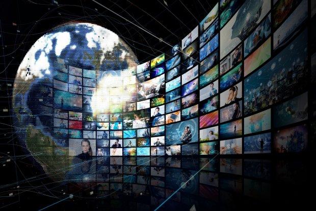 Ilustrasi serbuan konten media
