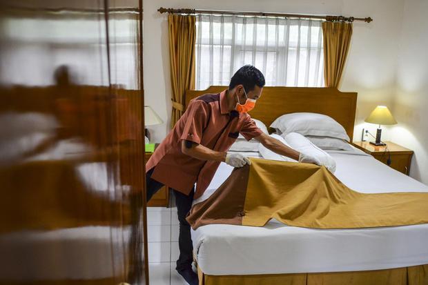 TINGKAT HUNIAN HOTEL TURUN
