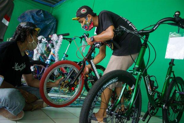 penjualan sepeda, ekonomi indonesia, pandemi corona