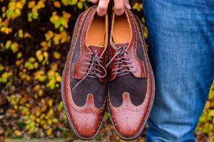 Ilustrasi brand sepatu Chevalier. Brand lokal ini telah berhasil diekspor hingga ke empat benua.