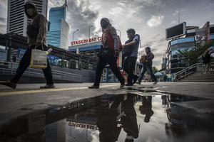 BANK DUNIA PANGKAS PROYEKSI PERTUMBUHAN EKONOMI INDONESIA