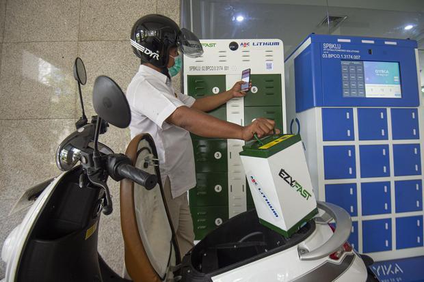 baterai listrik, mobil listrik, tesla, ev